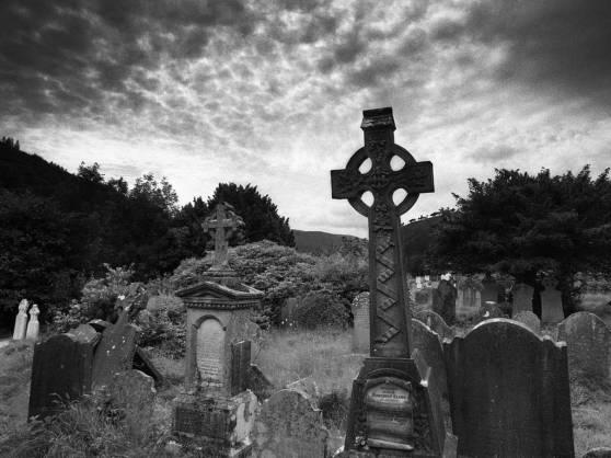 noite-no-cemiterio
